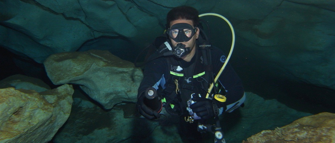 Scuba Dives in Caves